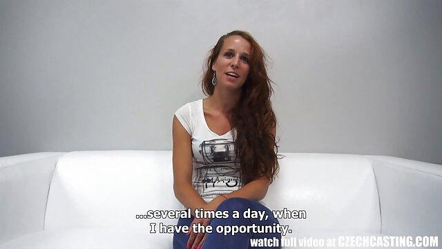 L'athlète a film lesbienne porno montré à un voisin un énorme organe sexuel