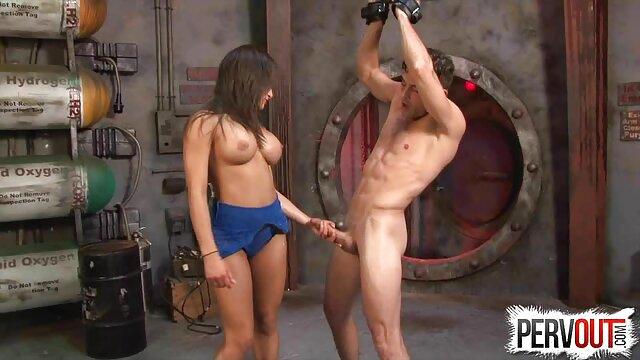 Le mec a film x lesbienne gratuit mis sa copine dans les deux trous