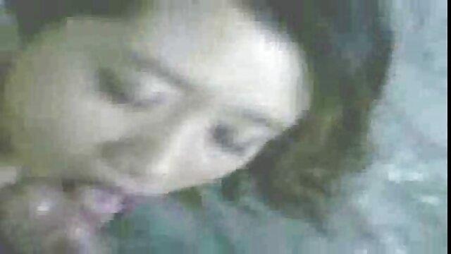 Albina a couché avec Max video de lesbienne black