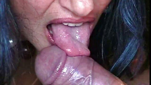 Babe aime la levrette juteuse film porno xxx lesbienne
