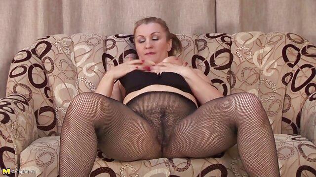 La fée aux gros seins en sait beaucoup sur video esbienne gratuit le massage et le sexe